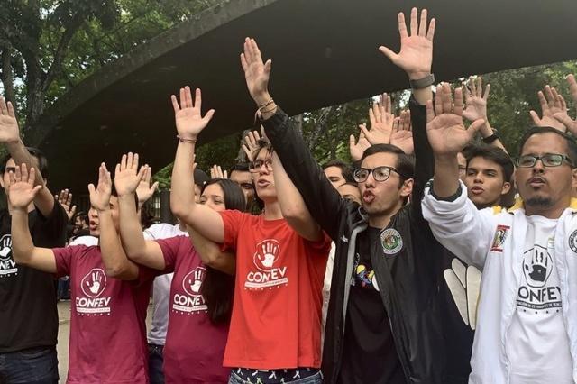 Fracasa marcha de estudiantes opositores a Fuerte Tiuna