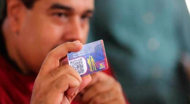 Presidente Maduro y el carnet de la patria