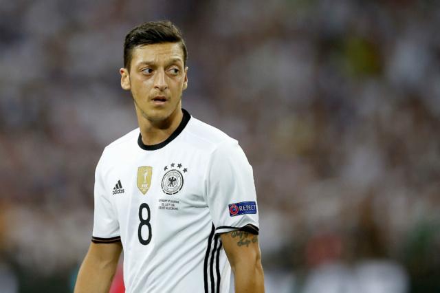 "Mesut Ozil se retira de la selección de Alemania tras denunciar que recibió un ""trato racista"" Ozil_10"