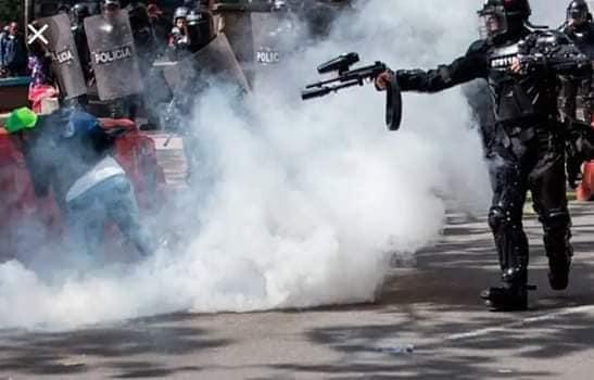 Represión policial en Ecuador