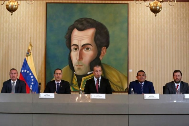 Venezuela reabre fronteras con Aruba y Brasil