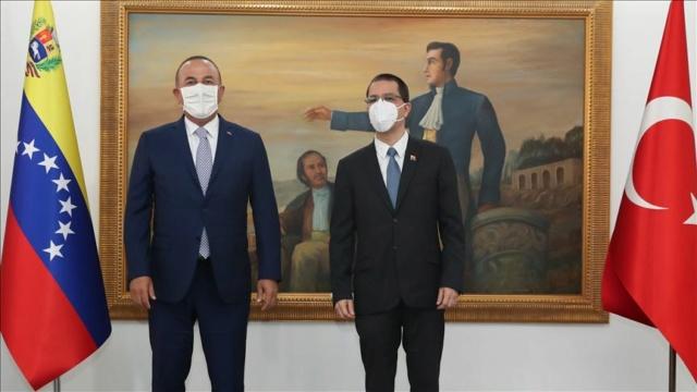 Cancilleres Jorge Arreaza y Mevlüt Çavuşoğlu