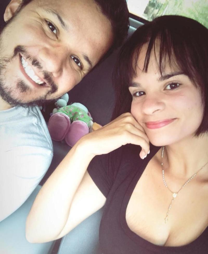 Carlos Graffe y su esposa Betania Bermejo, se tiran una vida de «ricos y famosos»