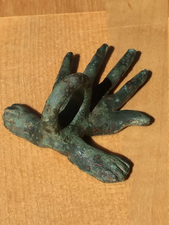 ayuda con este amuleto: romano/ibero? Img_0719