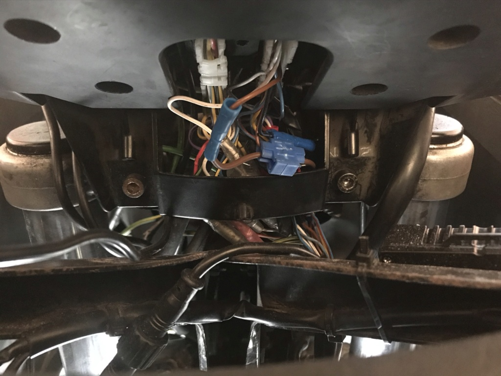 Decided to rewire my K100RT Img_0010
