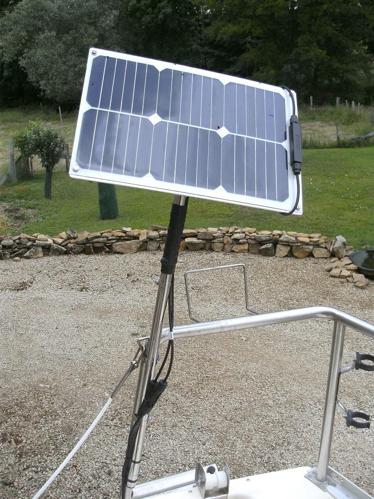 Installation d'un petit panneau solaire Bild6515