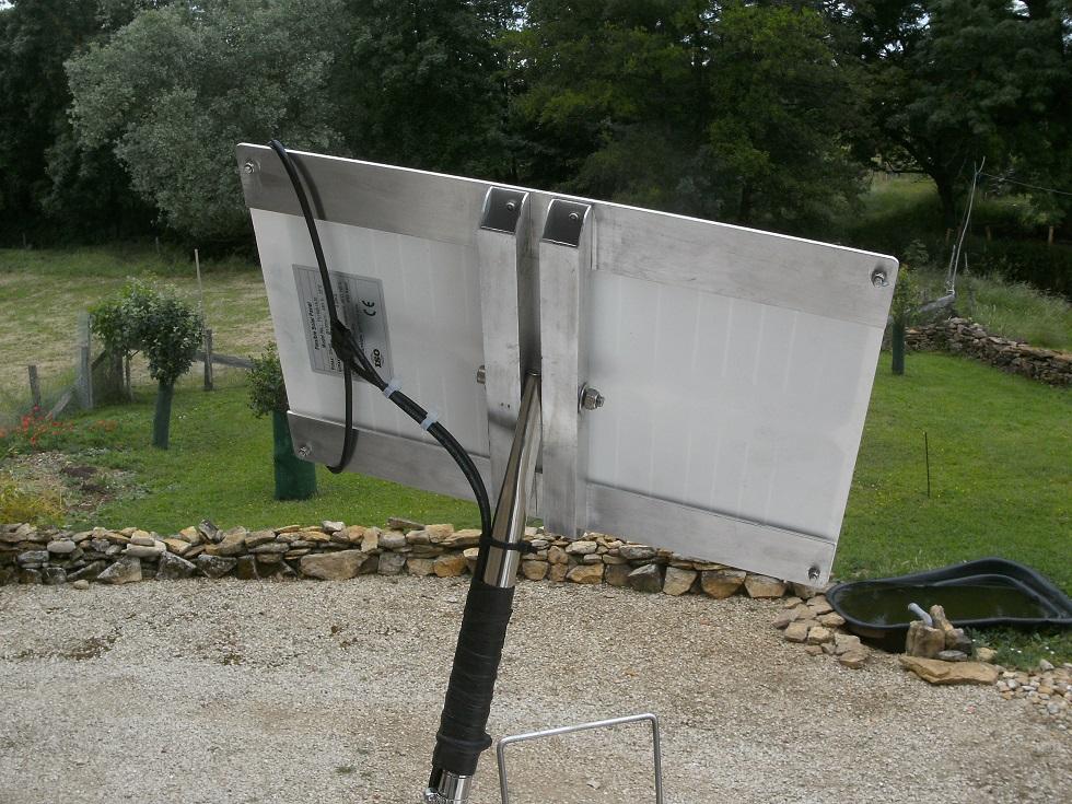 Installation d'un petit panneau solaire Bild6516