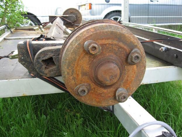 Démontage et entretien des freins de remorque R110
