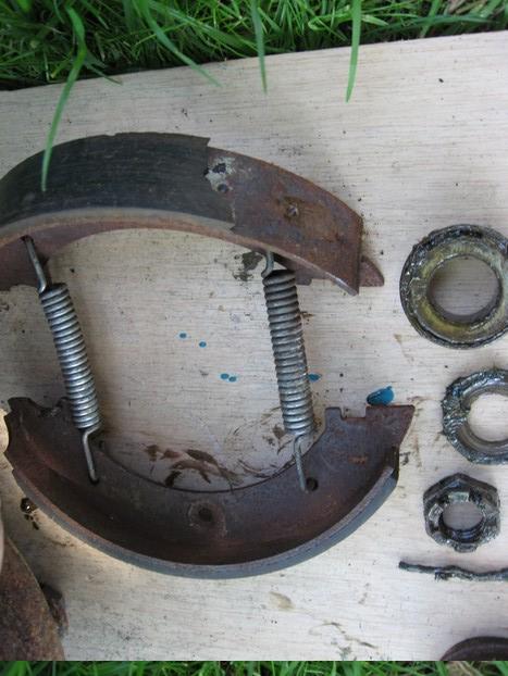 Démontage et entretien des freins de remorque R13fre10