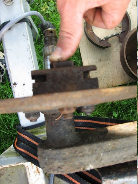 Démontage et entretien des freins de remorque R1510