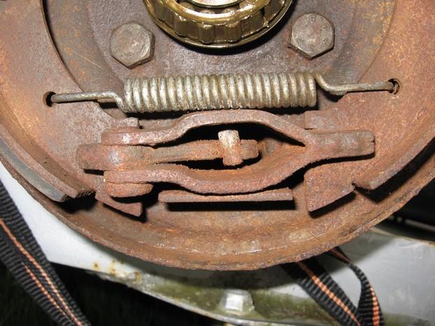 Démontage et entretien des freins de remorque R910