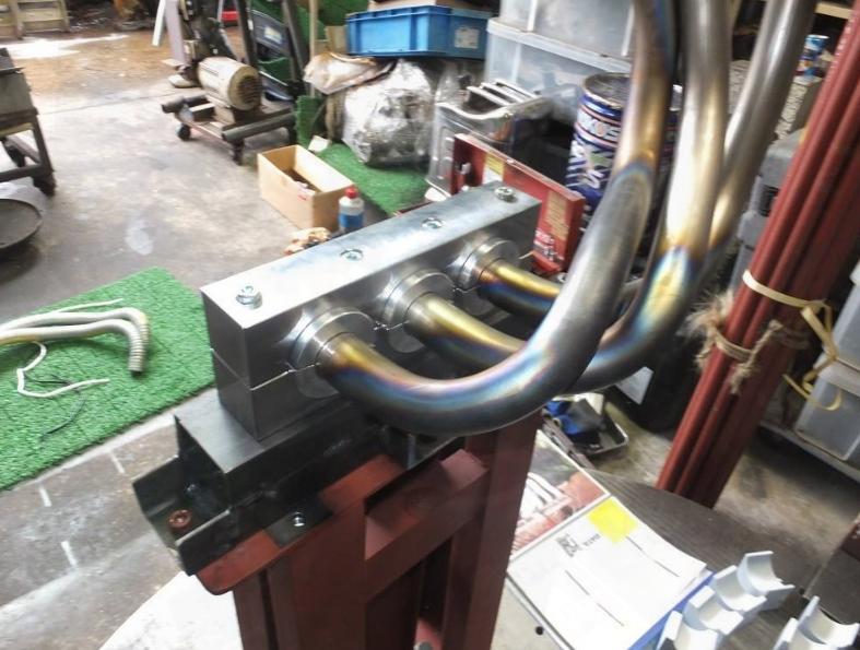 Cintrage tubes d'échappement Cintra11