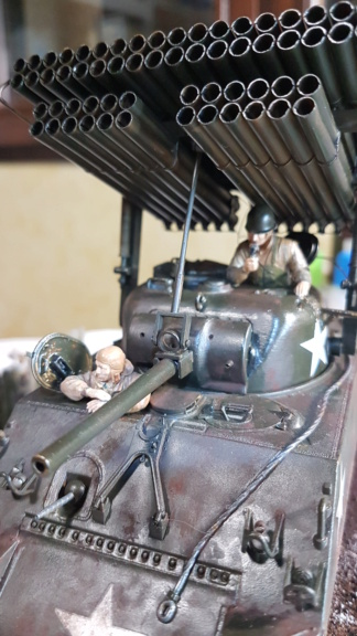 """Fil rouge 2021 * Sherman """"calliope"""" Revell 1/35 (terminé en page 11) - Page 11 20210424"""