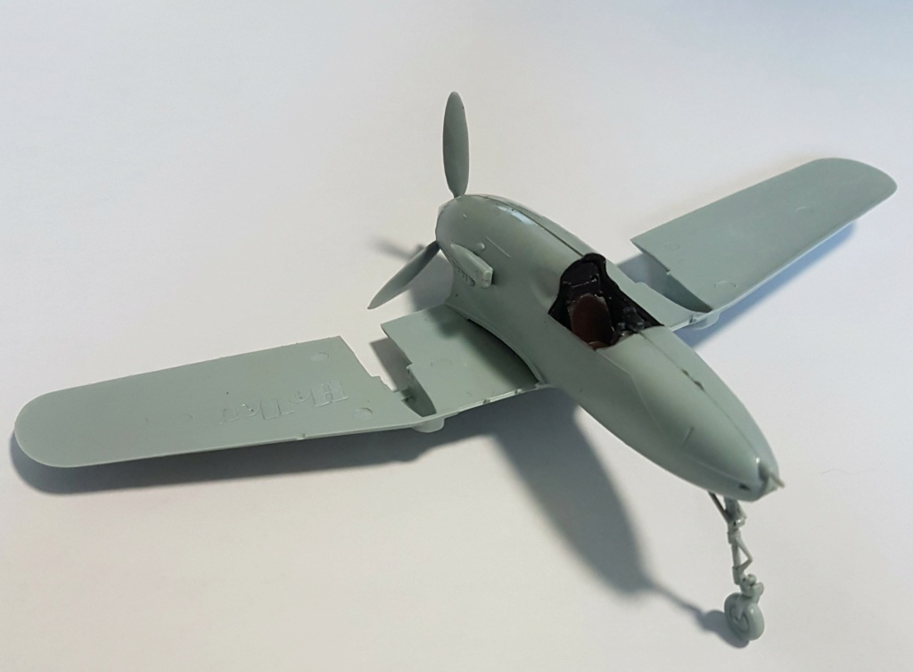 SAAB J-21 A  Heller 1/72 from the box 20210551