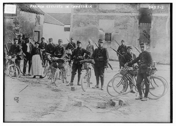 pas à pas-chasseur cycliste-mobilisation générale 1914 (1/35) terminé (p 5) - Page 3 Cyclis10