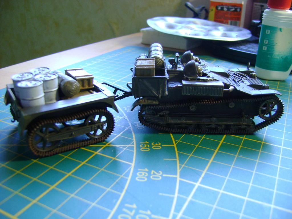 Tankette Renault UE [Tamiya 1/35] (terminée) - Page 2 Dsc01715