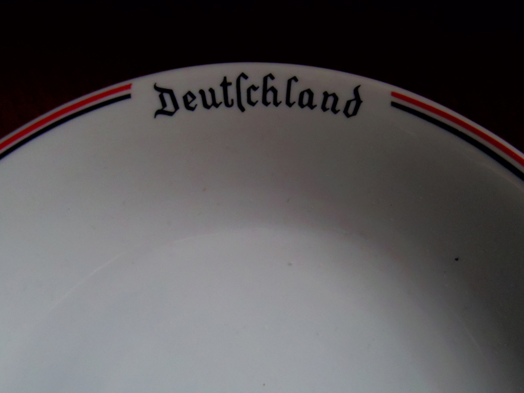 [Identification] Vaisselles Allemandes ... Imgp2412