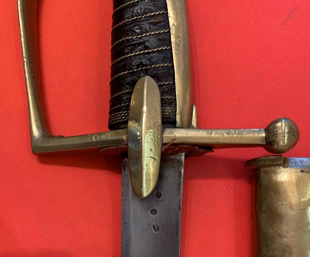 Sabre de Chasseur à Cheval de la Garde Impériale pour inspection. 411