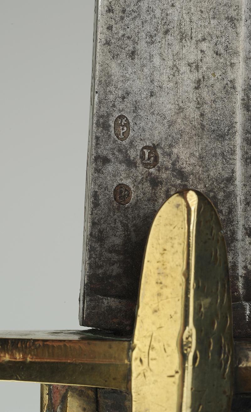 Sabre de Chasseur à Cheval de la Garde Impériale pour inspection. Produi12