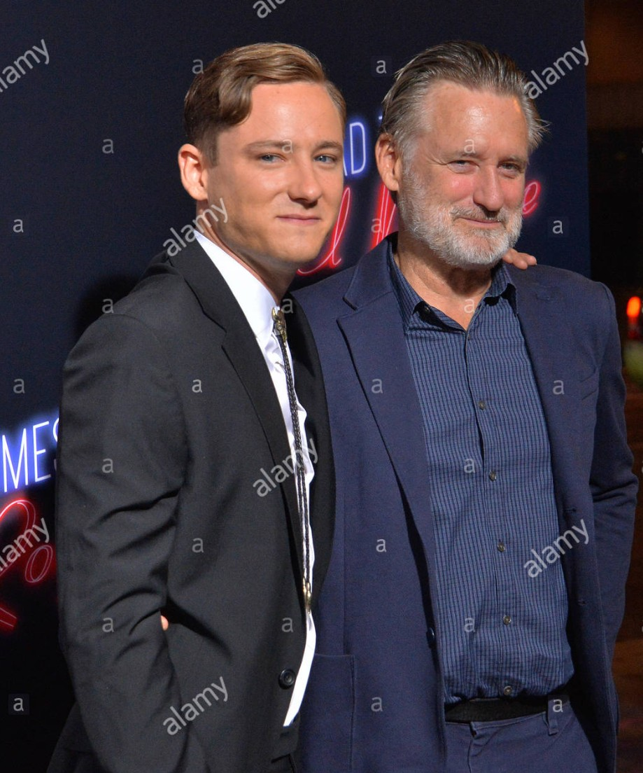 ¿Cuánto mide Bill Pullman?  Screen33