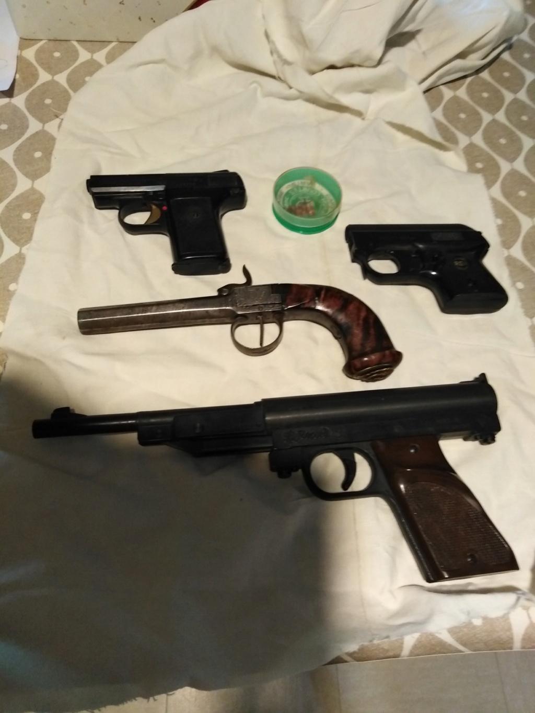 Pistolet à coffre ? Ebd3a810