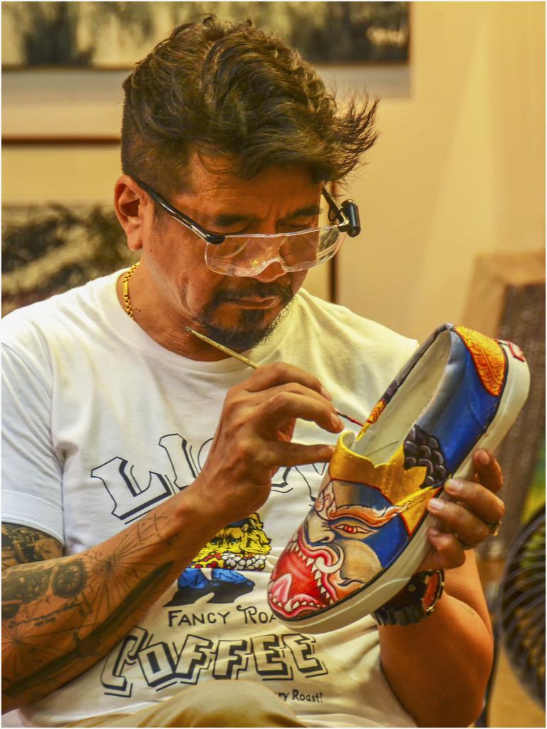 [Instants_de_vie_et_rue] Customisation de chaussure Dsc_7011