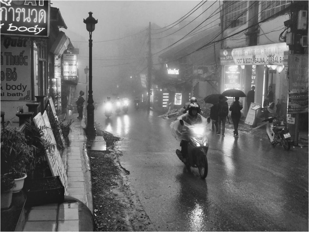 [Instants_de_vie_et_rue] pluie sur Sapa Dsc_sa10