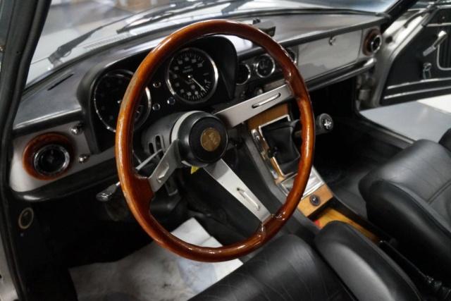 Identification origine console centrale - Alfa  Spider 1600 998210