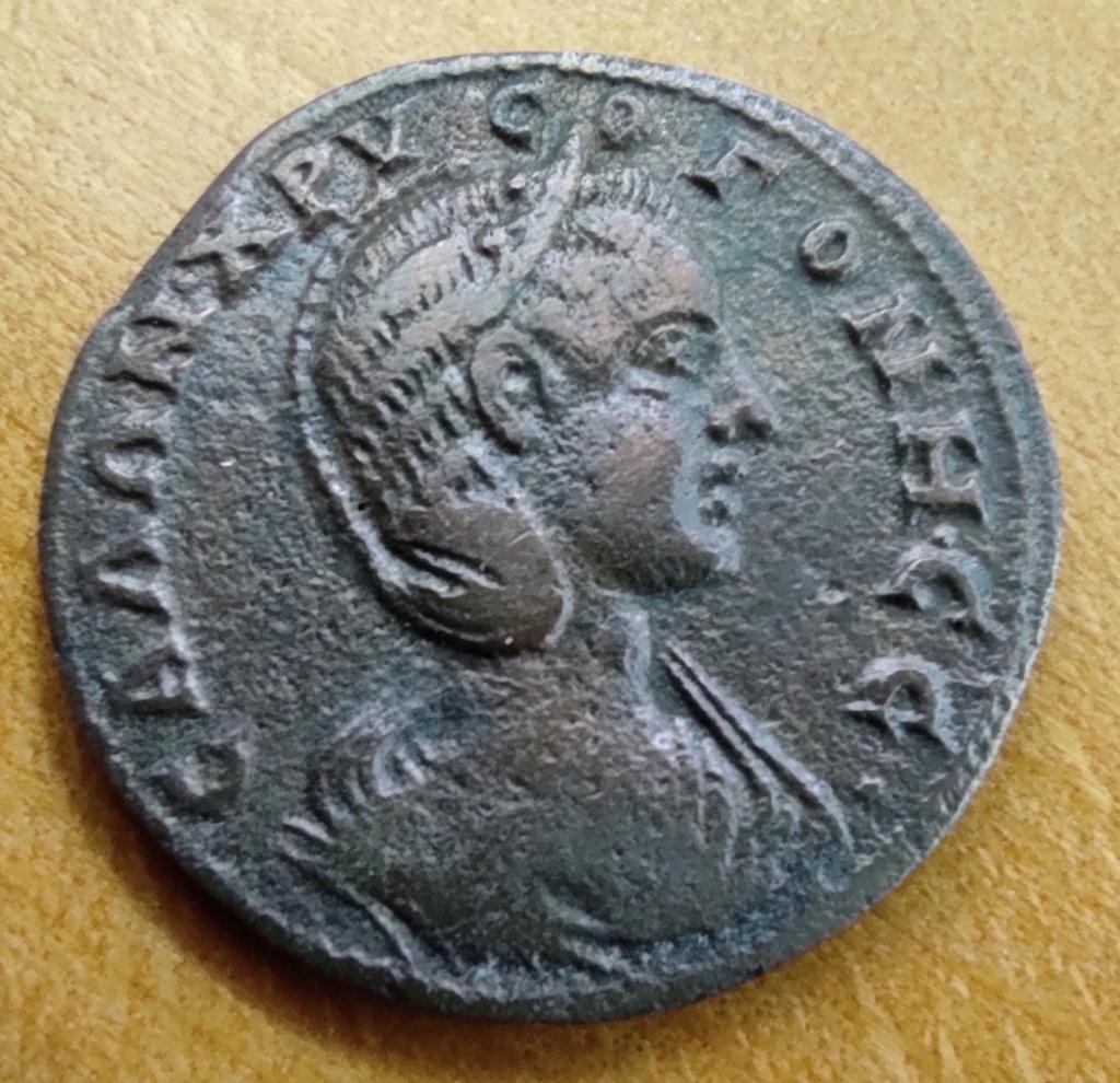 Monnaie de Salonine, revers à préciser... Avers_26