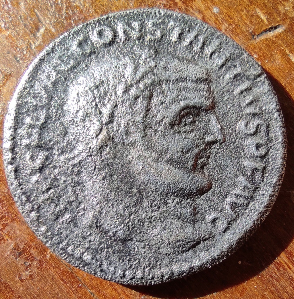 Constantivs, interrogation sur concordance entre avers et revers... Consta12