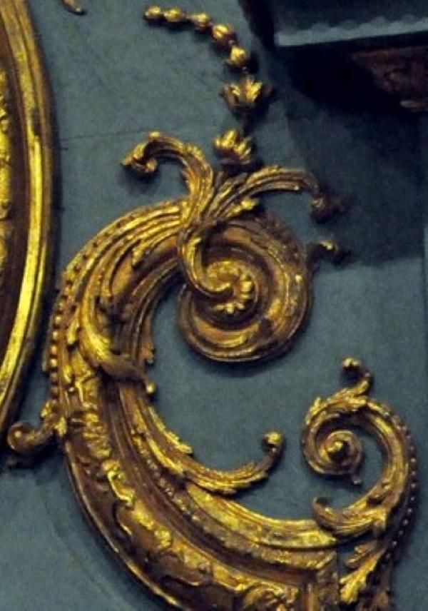 """Probablement petite broche ancienne, type """"héraldique"""", fin XVIIe - début XVIIIe - Page 2 Dzocor10"""