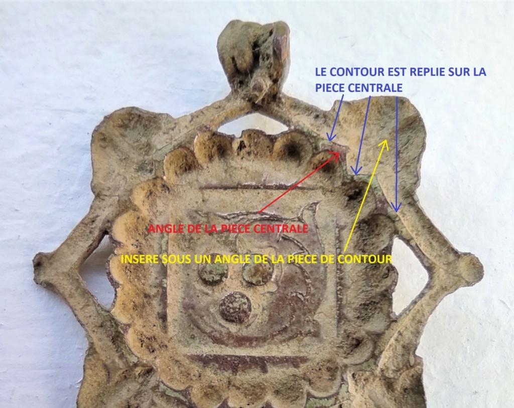 """Probablement petite broche ancienne, type """"héraldique"""", fin XVIIe - début XVIIIe Factur10"""
