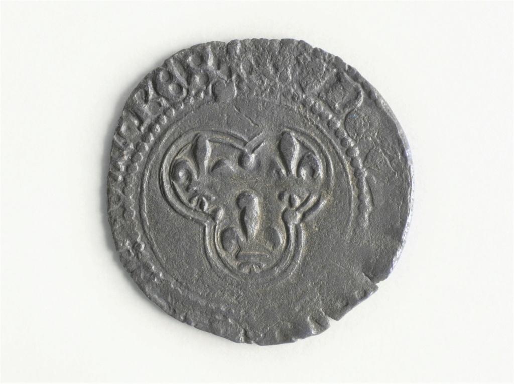 Denier Tournois Louis XI ou XII ou... ? Image_10
