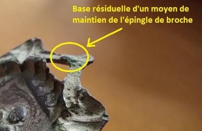 """Probablement petite broche ancienne, type """"héraldique"""", fin XVIIe - début XVIIIe - Page 2 Mainti10"""