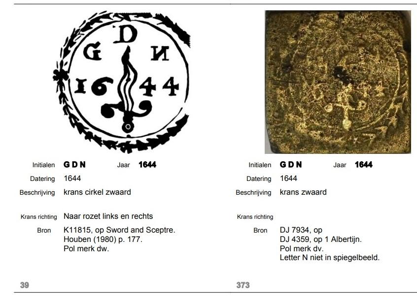 """Signification de l'inscription """"GDN avec épée ou dague flamboyante"""" sur couvercle de pile à godets ? N_miro10"""