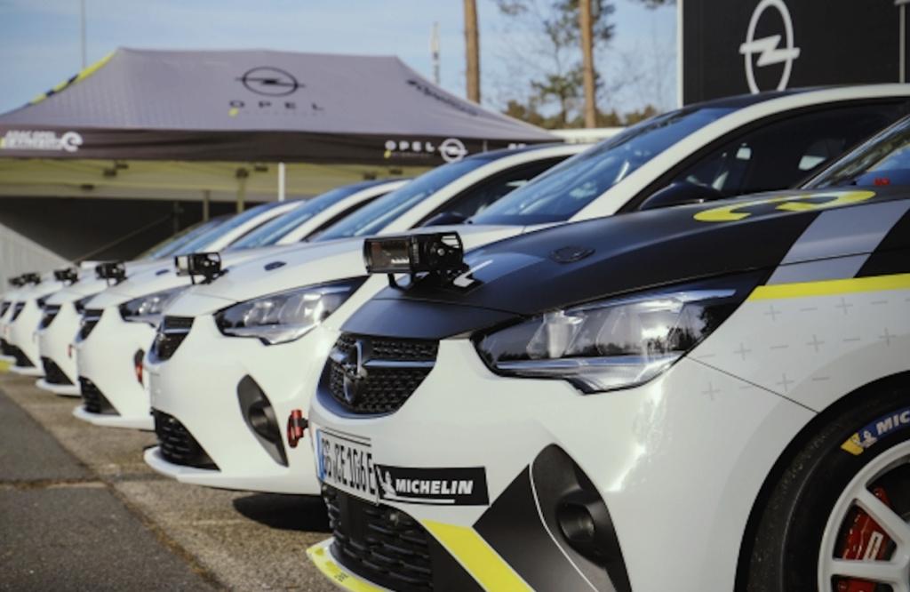 2019 - [Opel] Corsa F [P2JO] - Page 32 Captur12