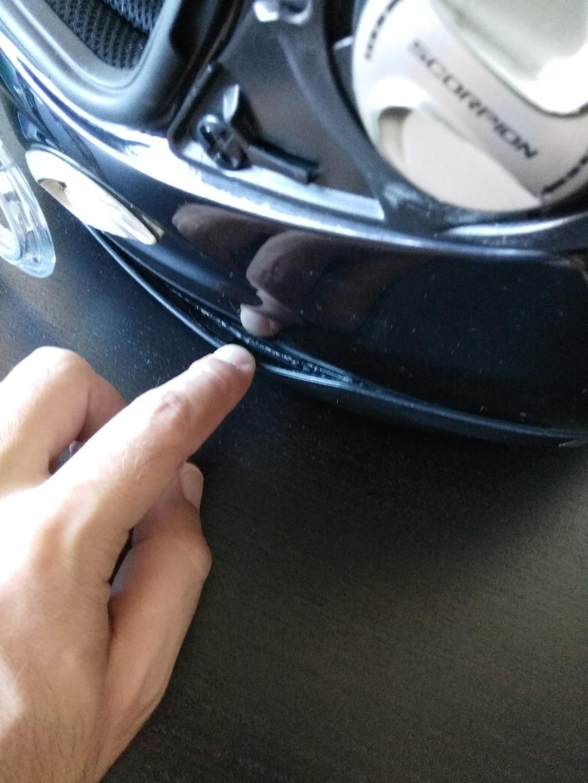 Como colar trim do capacete? E é possível reparar viseira em mau estado? Img_2012