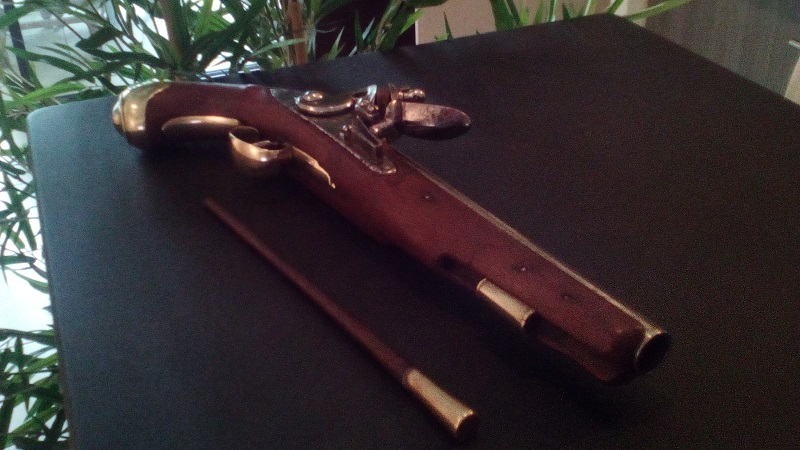 Pistolet 18eme. Ldp512