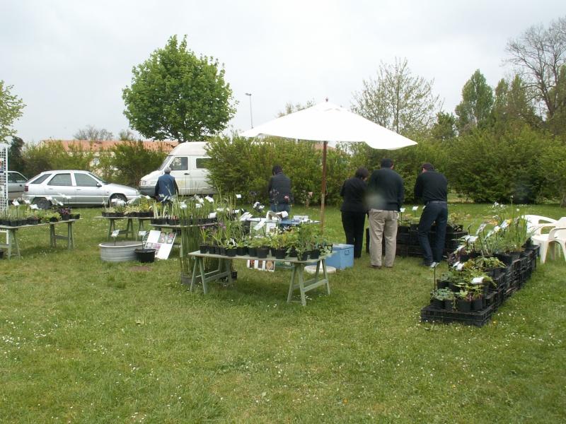 Salon du bassin et du jardin 18 et 19 avril 2009 St Vaize près de Saintes Pict0198