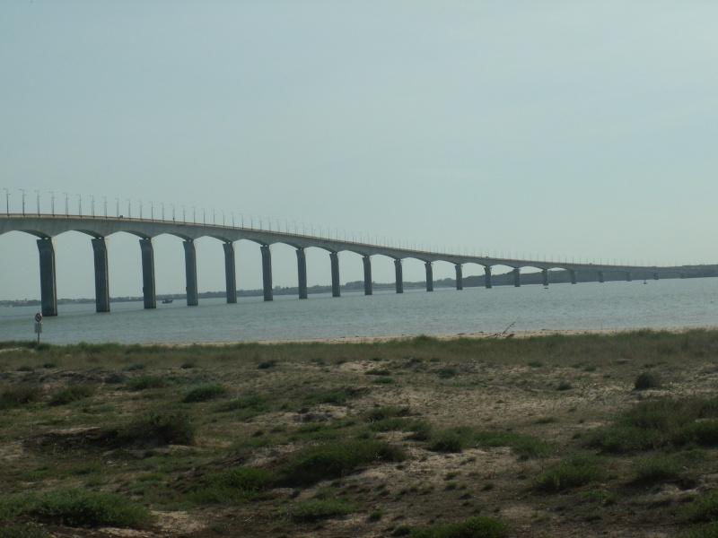Le pont de l'île de Ré Pict0483