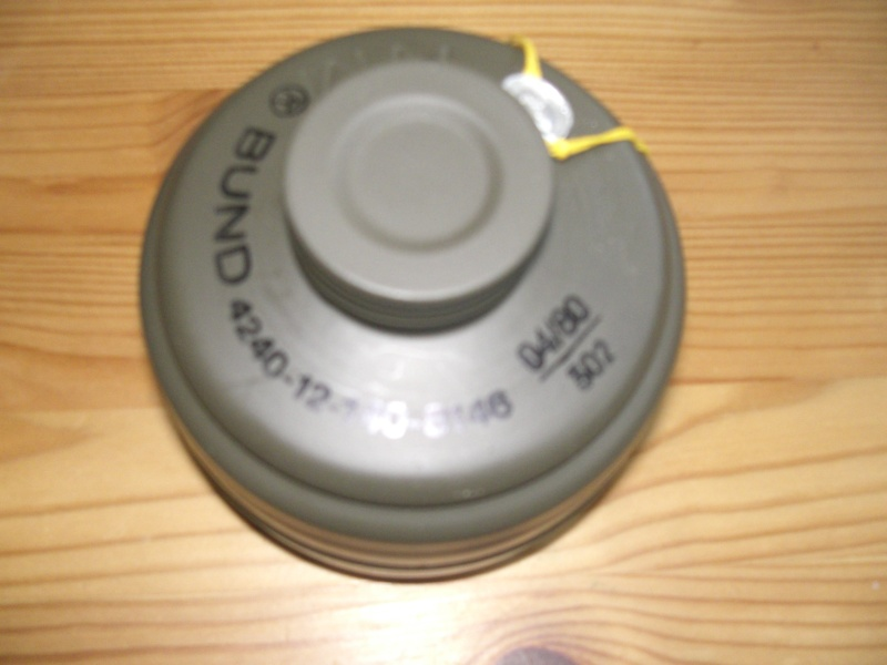 Reconditionnement d'un filtre de masque à gaz militaire Cimg6515