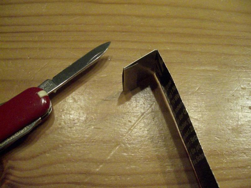 [technique] Fabrication d'un sifflet de détresse improvisé Cimg6530