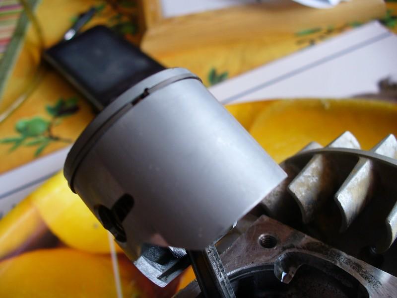 Autopsie de mon cylindre piston zen 26cc... - Page 5 P1050312