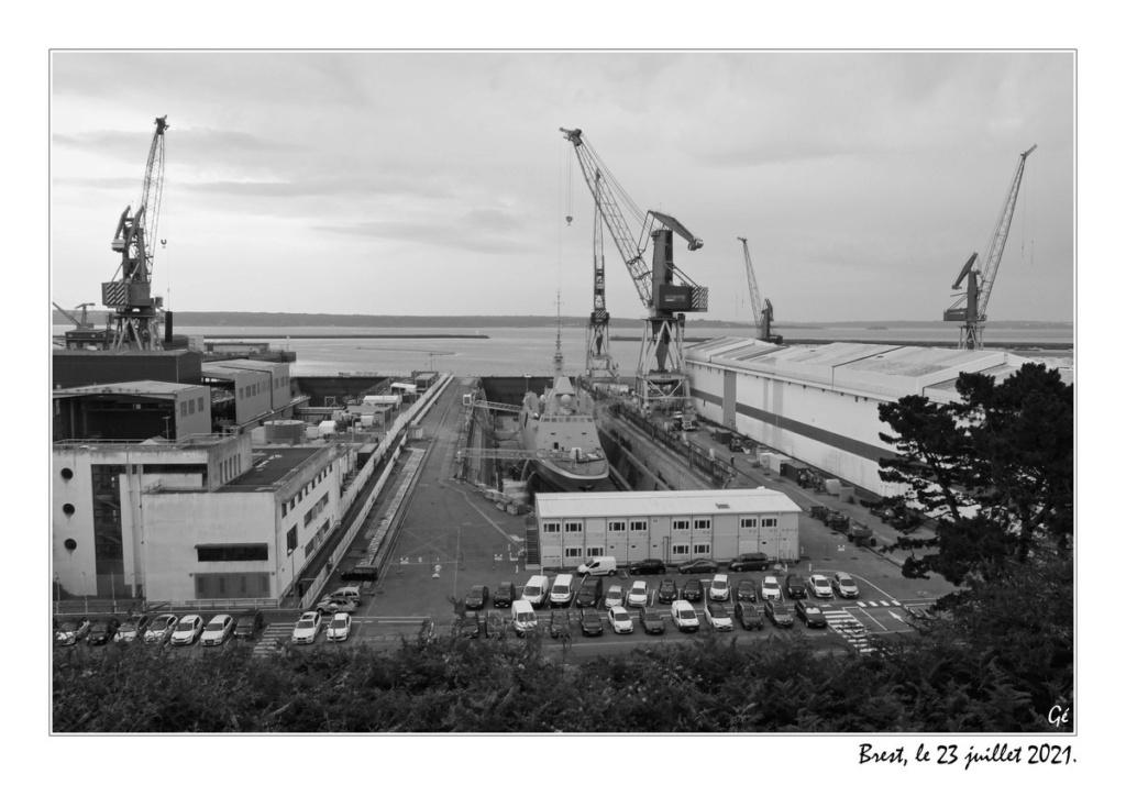 [Les ports militaires de métropole] Port de BREST - TOME 3 - Page 26 20210723
