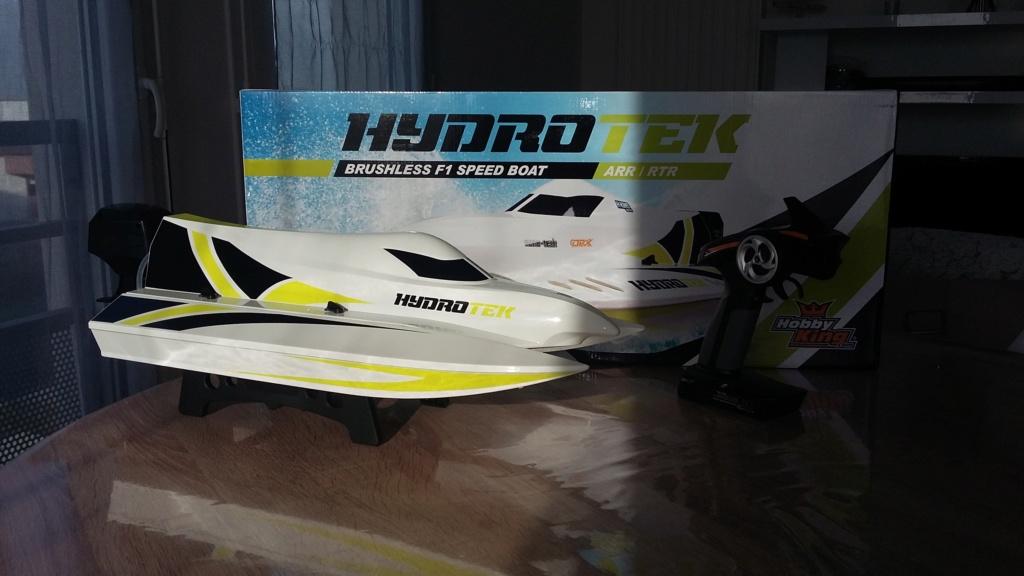 [VENDU] bateau HYDROTEK F1 20190113