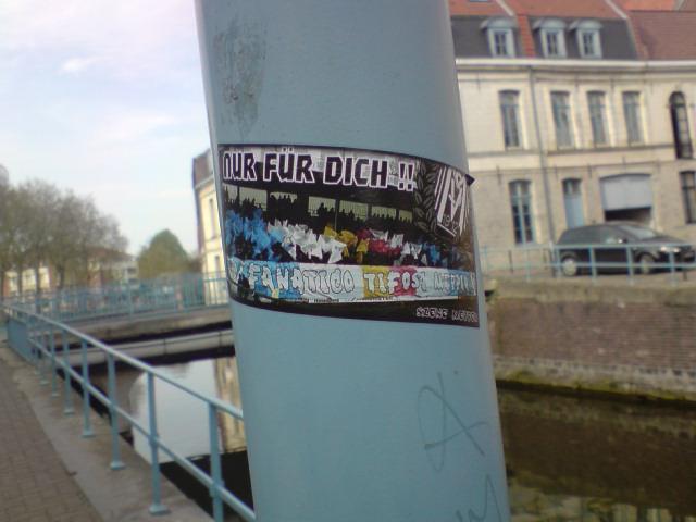 """Stickers """"Partout/Toujours"""" (Photos/débats) - Page 12 P1504010"""