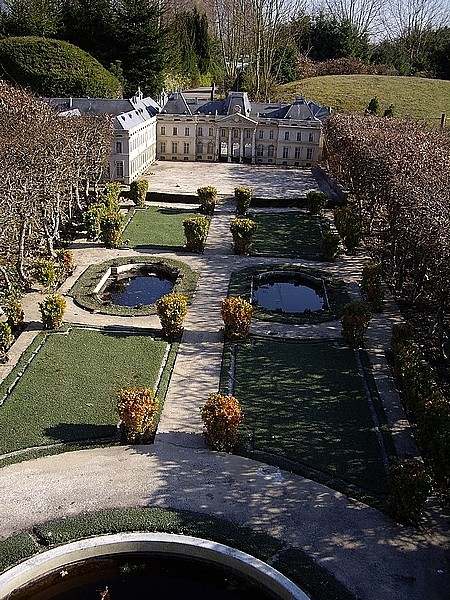 [21.03.09]France Miniature Chatea12