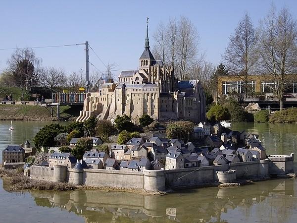 [21.03.09]France Miniature Mont_s10