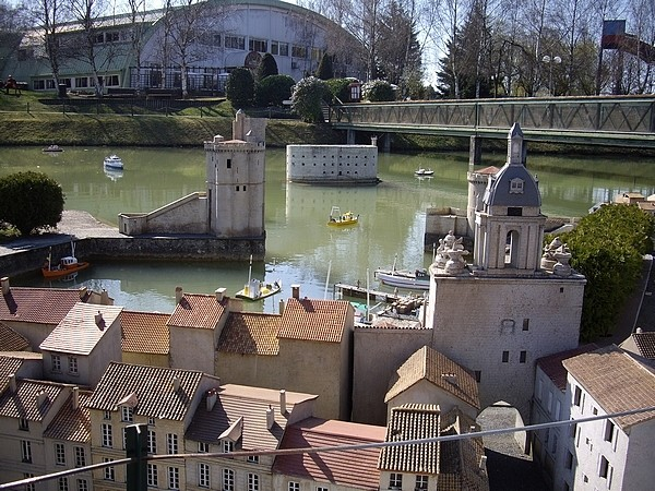 [21.03.09]France Miniature Port_d10