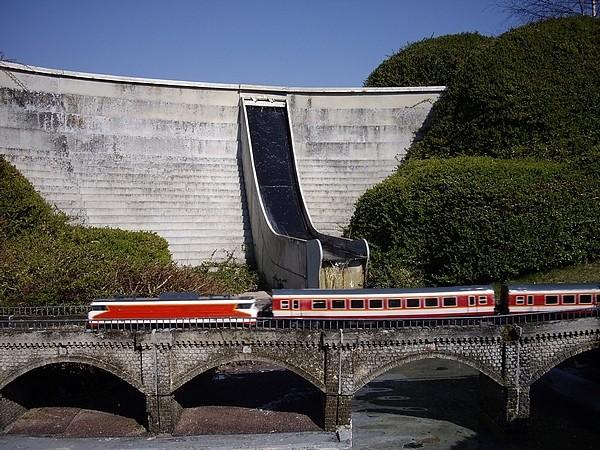 [21.03.09]France Miniature Train410
